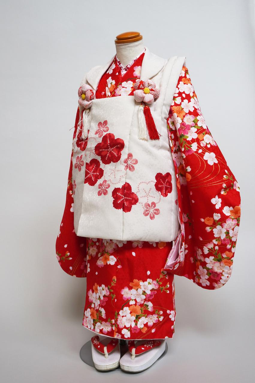 3歳女の子 赤桜