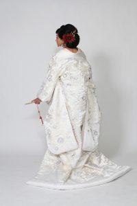 白無垢 菊スパン刺繍に鳳凰の鶴