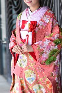 金通しつづれ織慶長取花紋相良刺繍