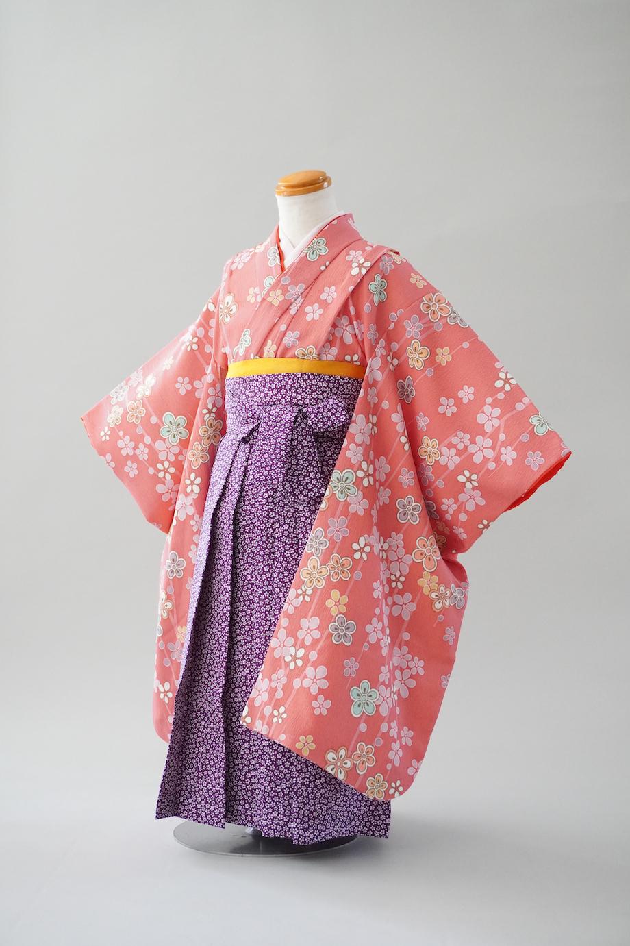 3歳女の子 袴着物 ピンク花柄