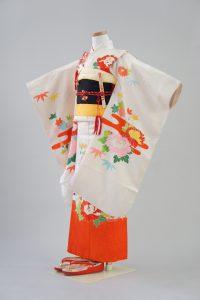 7歳女の子 正絹 白地花柄